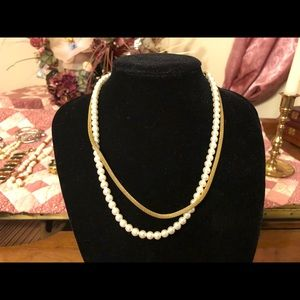 """Jewelry - 16"""" Pearl  & Gold Rope Necklace"""